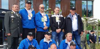 Veteranen Search Team met Inno Rutting (links voor)