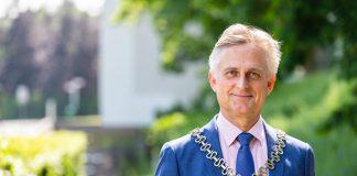 Burgemeester Metz voor tweede termijn