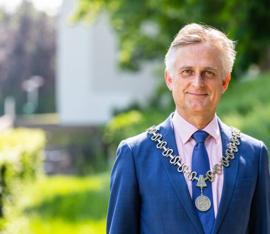 Burgemeester Metz met nieuwe update