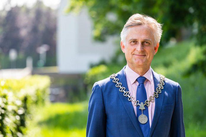 Burgemeester Metz 6 mei