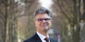 Commissaris van de Koning Hans Oosters op bezoek in Soesterberg