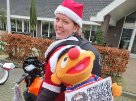 Kerstvrouw Britta op de motor