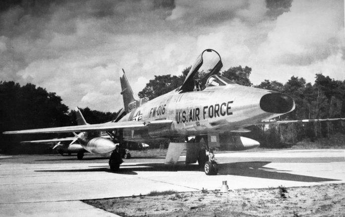 F-100 Super Sabre gered