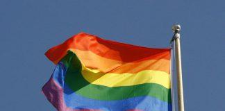 Gemeente Soest hijst regenboogvlag